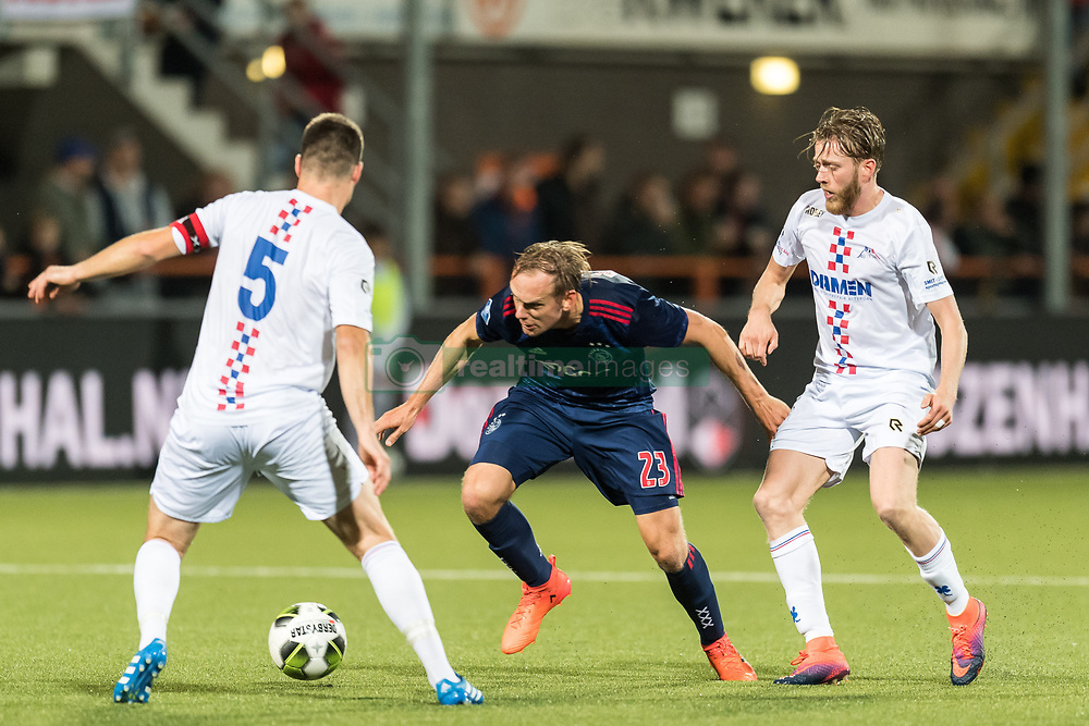 (L-R) Nick Kuipers of ASV De Dijk, Siem de Jong of Ajax, Tim Ruder of ASV De Dijk during the Second Round Dutch Cup match between De Dijk and Ajax Amsterdam at Kras stadium on October 25, 2017 in Volendam, The Netherlands