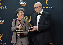 Jeffrey Tambor & Jill Soloway  im Press Room bei der Verleihung der 68. Primetime Emmy Awards in Los Angeles / 180916<br /> <br /> *** 68th Primetime Emmy Awards in Los Angeles, California on September 18th, 2016***
