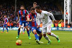 Joe Ledley of Crystal Palace tackles Roberto Firmino of Liverpool - Mandatory byline: Jason Brown/JMP - 07966386802 - 06/03/2016 - FOOTBALL - London - Selhurst Park - Crystal Palace v Liverpool - Barclays Premier League