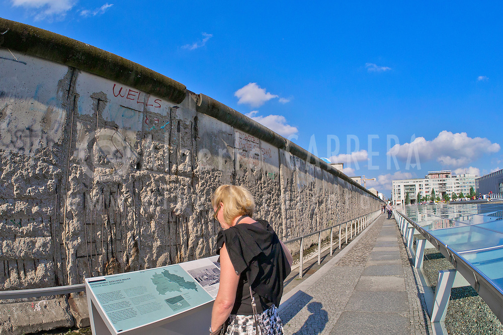 Alberto Carrera, Berlin Wall, Berlin, Germany, Europe<br />