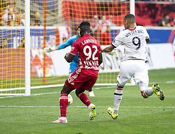 September 22, 2018 - Harrison, New Jersey, United States - Kemar Lawrence (92) of New York Red Bulls controls ball during regular MLS game against Toronto FC at Red Bull Arena Red Bulls won 2 - 0 (Credit Image: © Lev Radin/Pacific Press via ZUMA Wire)
