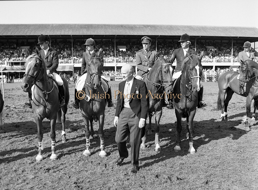 Dublin Horse Show (Aga Khan Cup).1986..08.08.1986..08.08.1986..8th August 1986..The annual Aga Khan Cup competition was held in the R.D.S. Dublin.Four countries competed for the cup this year.FDR Germany,The USA,Great Britain and Ireland. Great Britain were the eventual winners...Photograph of the Ireland team which competed in the Aga Khan Cup..(L-R) Paul darragh on carrolls Foresure,Vina Lyons on Listerine Giltspur, Captain Gerry Mullins on Rockbarton and Eddie Macken on Carroll's Flight.