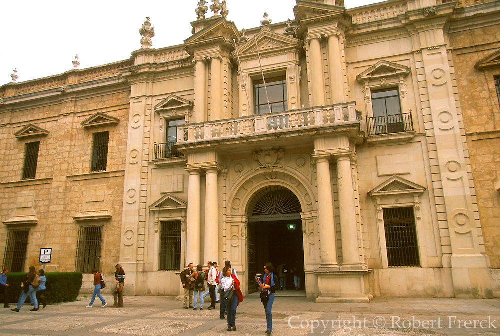 SPAIN, ANDALUSIA, SEVILLE University of Seville located in the famous Tobacco Factory; entrance with students
