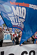 Roma, 5 Maggio 2012.Manifestazione organizzata da associazioni, movimenti, comitati, partiti politici e sindacati per protestare contro la decisione del Sindaco di Roma Gianni Alemanno di privatizzare l'acqua..Hundreds of thousands have been demonstrated during the rally organized by associations, movements, committees, political parties and trade unions to protest against Major of Rome Gianni Alemanno decision to privatize water.