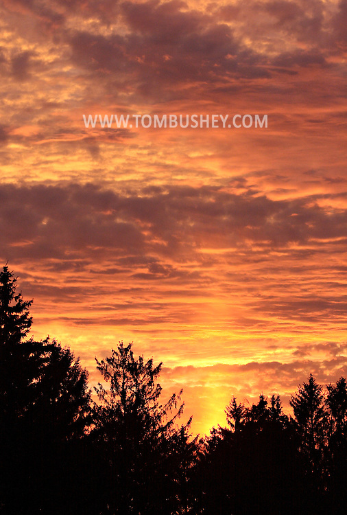 Middletown, NY -A sun pillar just to the right of center on the evening of  Dec. 14, 2008.