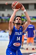 DESCRIZIONE : Trento Nazionale Italia Maschile Trentino Basket Cup Italia Paesi Bassi Italy Netherlands <br /> GIOCATORE : Riccardo Cervi<br /> CATEGORIA : Tiro Libero Riscaldamento<br /> SQUADRA : Italia Italy<br /> EVENTO : Trentino Basket Cup<br /> GARA : Italia Paesi Bassi Italy Netherlands<br /> DATA : 30/07/2015<br /> SPORT : Pallacanestro<br /> AUTORE : Agenzia Ciamillo-Castoria/GiulioCiamillo<br /> Galleria : FIP Nazionali 2015<br /> Fotonotizia : Trento Nazionale Italia Uomini Trentino Basket Cup Italia Paesi Bassi Italy Netherlands