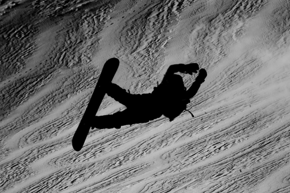 EVENT: NISSAN XTREME VERBIER 2011 BY SWATCH, RIDER: JONATHAN CHARLET - FRA, SPORT: SNOWBOARD, STYLE: ACTION.Freeride World Tour 2011 - Six locations around the world, Chamonix Mont-Blanc, Engadin St Moritz, Sochi, Kirkwood, Fieberbrunn and Verbier have been selected for the 4th edition of the Freeride World Tour..The planet's top freeride skiers and snowboarders, men and women travel around the world to prove their skills on some of the most challenging faces..www.freerideworldtour.com