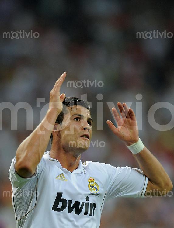 FUSSBALL  INTERNATIONAL  PRIMERA DIVISION  SAISON 2011/2012   14.08.2011 El Clasico  Super Cup 2011 Real Madrid - FC Barcelona Cristiano Ronaldo (Real Madrid)