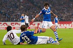 15.10.2011, Veltins Arena, Gelsenkirchen, GER, 1. FBL, FC Schalke 04 vs. 1. FC Kaiserslautern, im Bild Zweikampf Olcay Sahan (#10Kaiserslautern) - Christian Fuchs (#23 Schalke), Raul (#7 Schalke) // during FC Schalke 04 vs. 1. FC Kaiserslautern at Veltins Arena, Gelsenkirchen, GER, 2011-10-15. EXPA Pictures © 2011, PhotoCredit: EXPA/ nph/  Kurth       ****** out of GER / CRO  / BEL ******