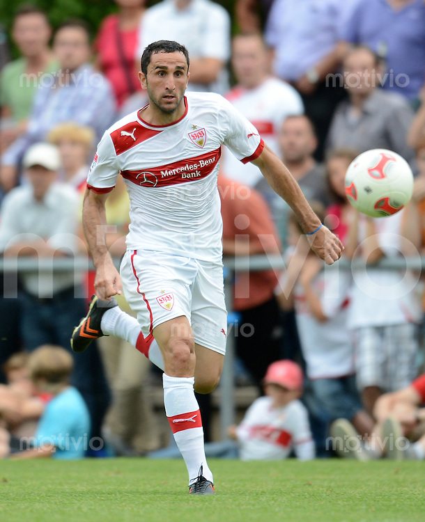 Fussball 1. Bundesliga:  Saison   2012/2013     Testspiel:  TSV Schwaikheim - VfB Stuttgart   06.07.2012 Cristian Molinaro (VfB Stuttgart)  am Ball