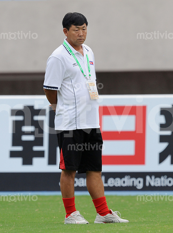 Fussball  Internationl  Quali  Ostasiatische Meisterschaft in Taiwan    23.08.2009 DPR Korea - Guam Trainer Kim Jong Hun (Nordkorea)