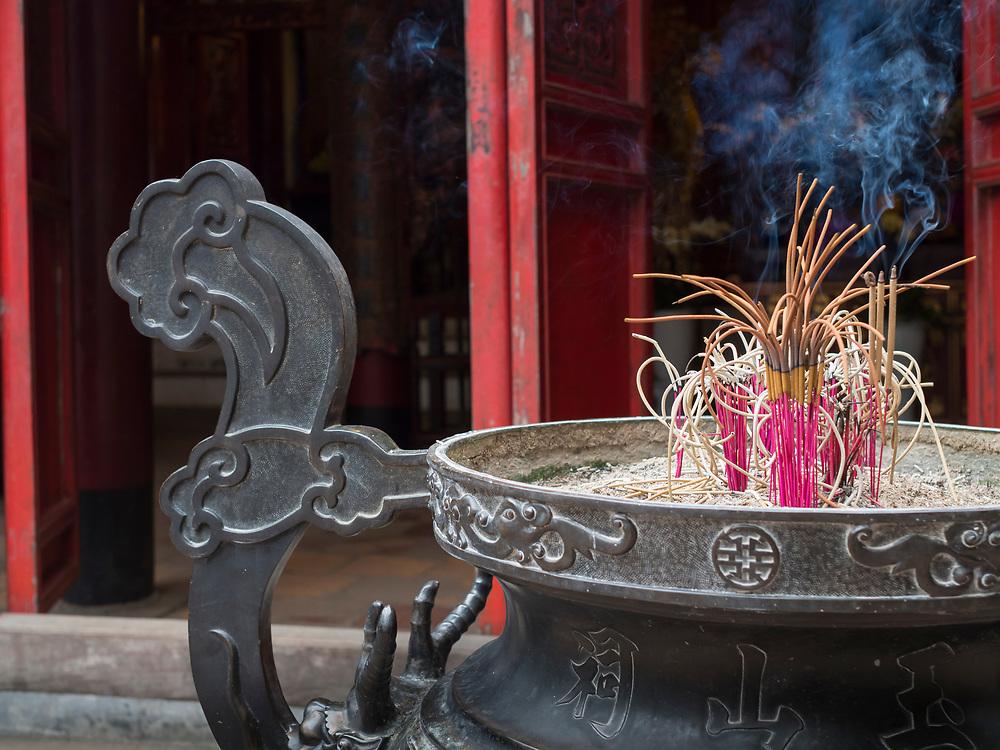 Asia, Vietnam, Hanoi, old quarter, Ngoc Son Temple (also known as Turtle Temple)
