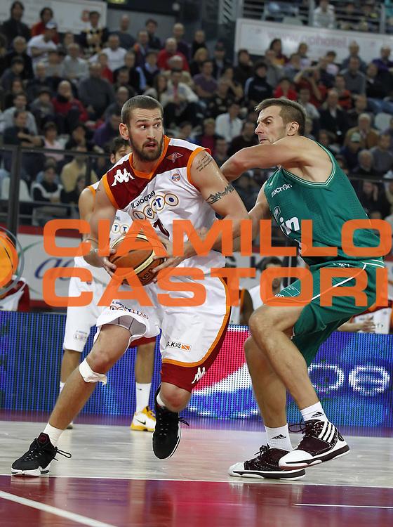DESCRIZIONE : Roma Lega A 2010-11 Lottomatica Virtus Roma Benetton Treviso<br /> GIOCATORE : Josh Heytvelt<br /> SQUADRA : Lottomatica Virtus Roma<br /> EVENTO : Campionato Lega A 2010-2011 <br /> GARA : Lottomatica Virtus Roma Benetton Treviso<br /> DATA : 14/11/2010<br /> CATEGORIA : palleggio<br /> SPORT : Pallacanestro <br /> AUTORE : Agenzia Ciamillo-Castoria/ElioCastoria<br /> Galleria : Lega Basket A 2010-2011 <br /> Fotonotizia :Roma Lega A 2010-11 Lottomatica Virtus Roma Benetton Treviso<br /> Predefinita :