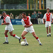BFC - Ajax oud spelers, Johnny van 't Schip en Sjaak Swart voetballend