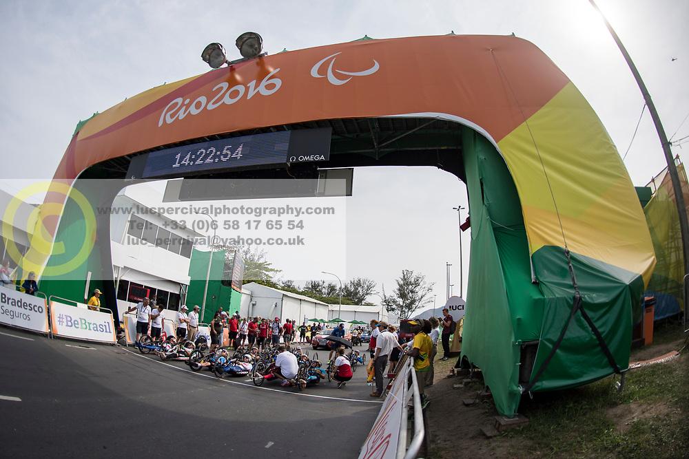 Cycling, Road Race, H3, Start à Rio 2016 Paralympic Games, Brazil