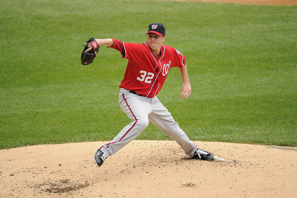 CHICAGO - JUNE 25:  Tom Gorzelanny #32 of the Washington Nationals pitches against the Chicago White Sox on June 25, 2011 at U.S. Cellular Field in Chicago, Illinois.  The White Sox defeated the Nationals 3-0.  (Photo by Ron Vesely)   Subject:  Tom Gorzelanny