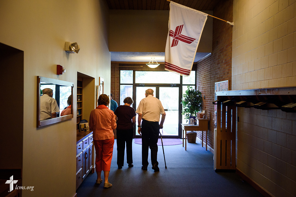 Church members arrive before worship on Sunday, Sept. 24, 2017, at Faith Lutheran Church, York, Neb. LCMS Communications/Erik M. Lunsford