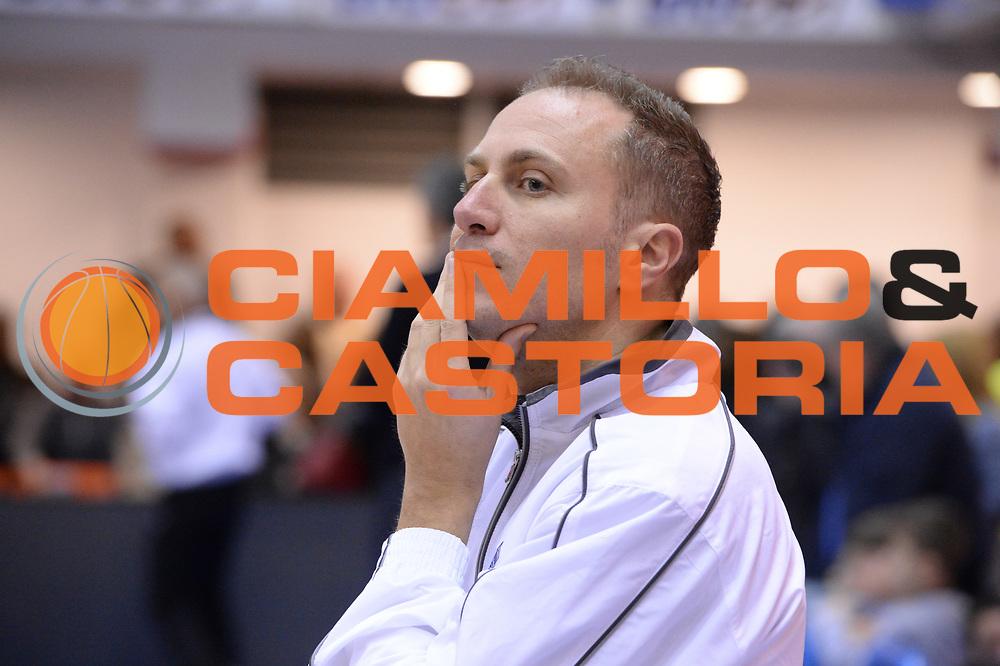 DESCRIZIONE : Brindisi  Lega A 2014-15 Enel Brindisi Giorgio Tesi Group Pistoia<br /> GIOCATORE : <br /> CATEGORIA : Arbitro Referee<br /> SQUADRA : <br /> EVENTO : Enel Brindisi Giorgio Tesi Group Pistoia<br /> GARA :Enel Brindisi Giorgio Tesi Group Pistoia<br /> DATA : 04/04/2015<br /> SPORT : Pallacanestro<br /> AUTORE : Agenzia Ciamillo-Castoria/M.Longo<br /> Galleria : Lega Basket A 2014-2015<br /> Fotonotizia : <br /> Predefinita :
