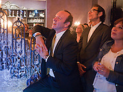 KEVIN SPACEY; JEFF GOLDBLUM; LISA MAKIN The Old Vic at the Vaudeville Theatre ' The Prisoner of Second Avenue'  press night. After-party at Jewel. 13 July 2010. -DO NOT ARCHIVE-© Copyright Photograph by Dafydd Jones. 248 Clapham Rd. London SW9 0PZ. Tel 0207 820 0771. www.dafjones.com.