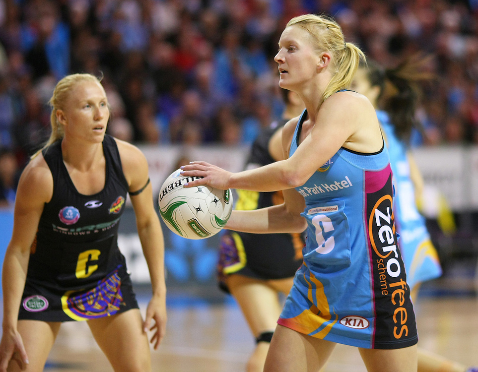 Southern Steel's Shannon Francois looks to pass the ball against the Magic in the ANZ Netball Championships at Invercargill Velodrome, Invercargill, New Zealand, Monday, April 02, 2012. Credit:SNPA / Dianne Manson
