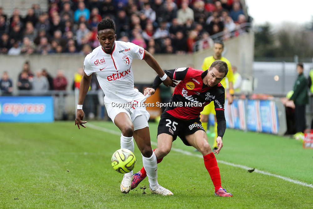 Divock ORIGI / Reynald LEMAITRE  - 08.03.2015 - Guingamp / Lille - 28eme journee de Ligue 1 <br /> Photo : Vincent Michel / Icon Sport