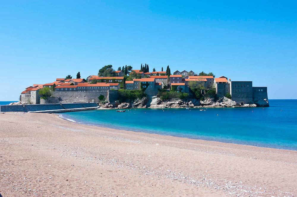 Sveti Stefan kleines Resort in Montengro, Balkan*Sveti Stefan, seaside resort in western Montenegro