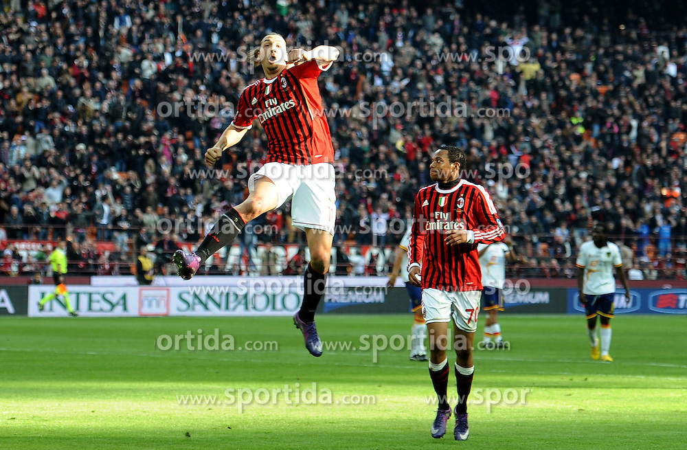 11.03.2012, Stadion Giuseppe Meazza, Mailand, ITA, Serie A, AC Mailand vs US Lecce, 27. Spieltag, im Bild esultanza dopo il gol di Zlatan IBRAHIMOVIC (Milan) goal celebration // during the football match of Italian 'Serie A' league, 27th round, between AC Mailand and US Lecce at Stadium Giuseppe Meazza, Milan, Italy on 2012/03/11. EXPA Pictures © 2012, PhotoCredit: EXPA/ Insidefoto/ Alessandro Sabattini..***** ATTENTION - for AUT, SLO, CRO, SRB, SUI and SWE only *****