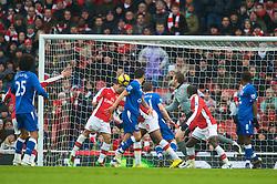 LONDON, ENGLAND - Saturday, January 9, 2010: Everton's Leon Osman scores the opening goal against Arsenal during the Premiership match at the Emirates Stadium. (Photo by David Rawcliffe/Propaganda)