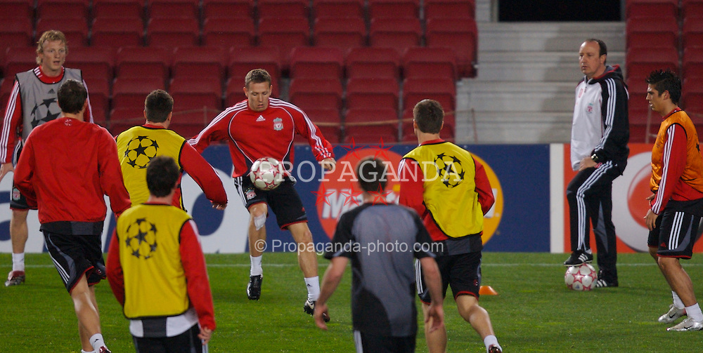 Barcelona, Spain - Tuesday, February 20, 2007: Liverpool's John Arne Riise training ahead of the UEFA Champions League First Knockout Round 1st Leg match against FC Barcelona at the Nou Camp. (Pic by David Rawcliffe/Propaganda)