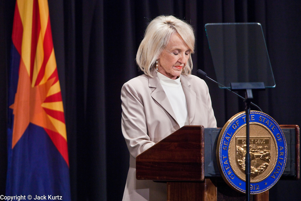 tucsonshooting - 11 JANUARY 2011 - TUCSON, AZ: Gov. Jan Brewer (CQ) speaks about sacrifice and public service during her appearance in Tucson Tuesday.  ARIZONA REPUBLIC PHOTO BY JACK KURTZ mass shooting Gabrielle Giffords shooting