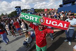 June 20, 2018 - EUM20180620DEP18.JPG.MOSCÚ, Rusia, Soccer/Futbol-Mundial.- Aspectos de los aficionados en las inmediaciones del Estadio Luzhniki, previo al encuentro entre Portugal y Marruecos, que tuvo lugar este 20 de junio de 2018 como parte de la actividad del Grupo B del Mundial Rusia 2018. Foto: Agencia EL UNIVERSAL/Luis Cortes/AFBV (Credit Image: © El Universal via ZUMA Wire)