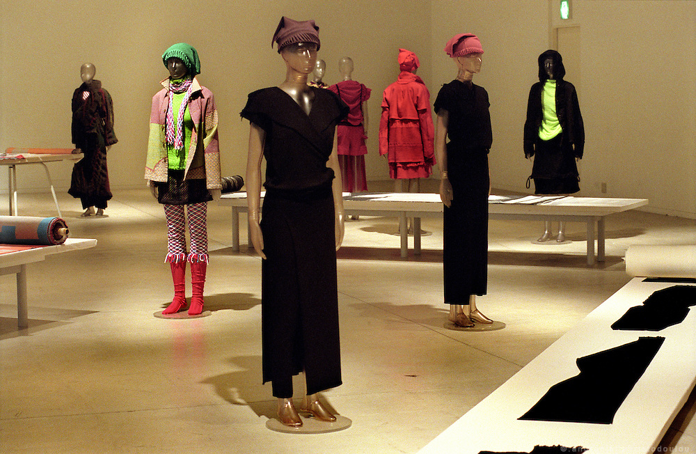 Presentation of the A-POC 12 collection in the exhibition room of A-POC studios. .A-POC by Issey Miyake - TOKYO.©: Androniki Christodoulou.