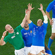 Paul O'Connell, Ireland (left) challenges for a line out during the Ireland V Italy Pool C match during the IRB Rugby World Cup tournament. Otago Stadium, Dunedin, New Zealand, 2nd October 2011. Photo Tim Clayton...
