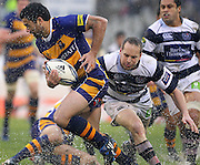 BOP's Lance MacDonald tries to get around Auckland's Brent Ward. ITM Cup rugby union match, Bay of Plenty v Auckland at Bay Park Stadium, Mt Maunganui, New Zealand. Saturday 14th August 2010. Photo: Anthony Au-Yeung/PHOTOSPORT