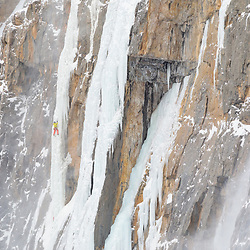 Pat Lindsay climbing Arian P'tit Gremlin, a Guy Lacelle First Ascent in Protection Valley