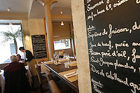 Itineraires restaurant in Paris, for Bites..Photo by Owen Franken for the NY Times..December 11, 2008 - Photograph by Owen Franken