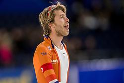 10-11-2017 NED: ISU World Cup, Heerenveen<br /> Team Pursuit men, De Nederlandse achtervolgingsploeg heeft zich vanmiddag bij de World Cup in Heerenveen van zijn slechtste kant laten zien. Jorrit Bergsma (foto) kon het hoge tempo  van Koen Verweij en Jan Blokhuijsen niet volgen