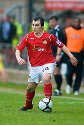 WREXHAM, WALES - Saturday, February 14, 2009: Wrexham's Sam Williamson in action against Grays Athletic during the Blue Square Premier League match at the Racecourse Ground. (Mandatory credit: David Rawcliffe/Propaganda)