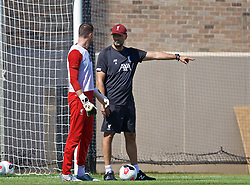 SOUTH BEND, INDIANA, USA - Thursday, July 18, 2019: Liverpool's manager Jürgen Klopp speaks with goalkeeper Andy Lonergan during a training session ahead of the friendly match against Borussia Dortmund at the Notre Dame Stadium on day three of the club's pre-season tour of America. (Pic by David Rawcliffe/Propaganda)