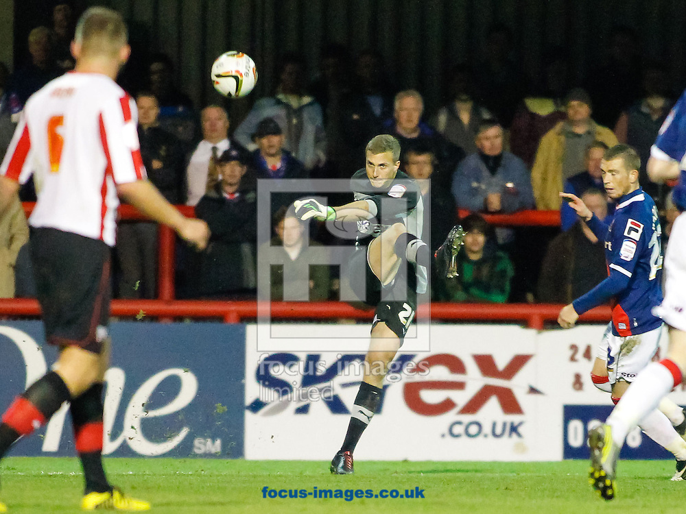 Picture by Mark D Fuller/Focus Images Ltd +44 7774 216216.10/11/2012.Simon Moore of Brentford clears during the npower League 1 match against Carlisle United at Griffin Park, London.