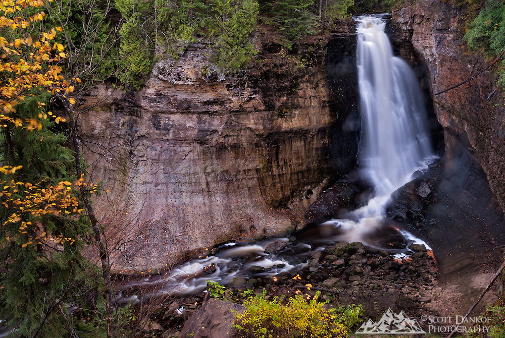 Located just outside of Munising Michigan, a .6 mi. trail leads to Miner's Falls.