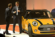 Koning Willem Alexander heropent VDL Nedcar. De autofabriek VDL Nedcar is omgebouwd en heringericht voor de productie van de nieuwe MINI in opdracht van BMW. <br /> <br /> King William Alexander reopens VDL Nedcar. The car factory VDL Nedcar has been converted and refurbished for the production of the new MINI commissioned by BMW.<br /> <br /> Op de foto / On the photo: <br />  Zijne Majesteit Koning Willem-Alexander samen Art Rooijakkers<br /> <br /> His Majesty King Willem-Alexander together with Art Rooijakkers