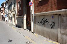 20120505 SCRITTE VIA BORGO LEONI