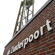 """Vandalisme bij Kerkcentrum """"De Zuiderpoort 's Hertogenboschplein 2 Almere"""