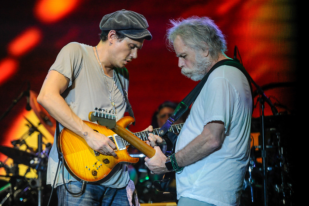 MANCHESTER, TN - JUNE 12: John Mayer (L) and Bob Weir perform onstage with Dead & Co at What Stage during Day 4 of the 2016 Bonnaroo Arts And Music Festival on June 9, 2016 in Manchester, Tennessee.