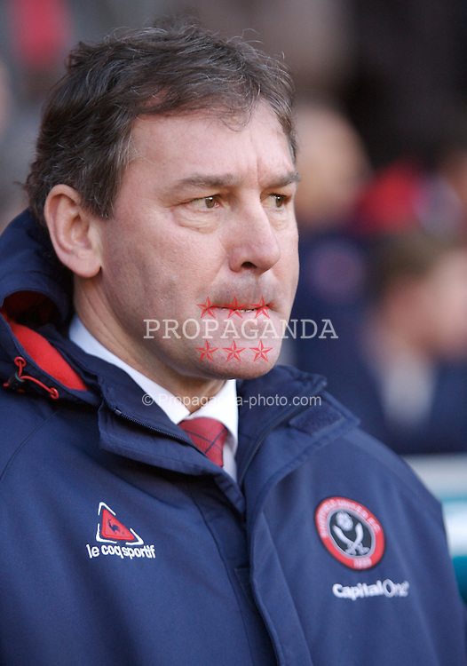 SHEFFIELD, ENGLAND - Sunday, January 27, 2008: Sheffield United's manager Bryan Robson during the FA Cup 4th Round match against Manchester Cityat Bramall Lane. (Photo by David Rawcliffe/Propaganda)
