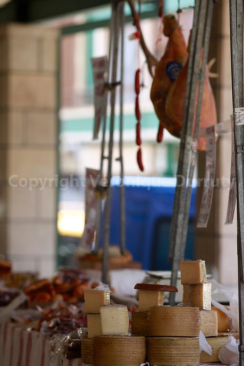 Marché du village de Guernica, Pays Basque, Espagne // Gernica market, Basque country, Spain
