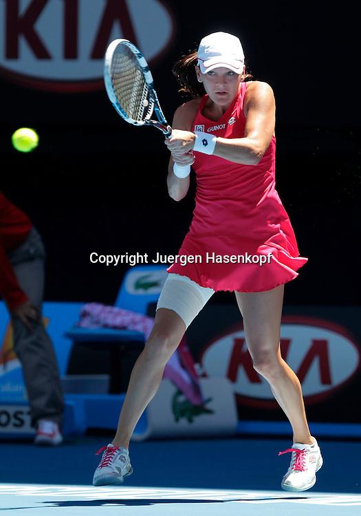 Australian Open 2012, Melbourne Park,ITF Grand Slam Tennis Tournament, Victoria Azarenka (BLR) ,Aktion,Einzelbild,Ganzkoerper,Hochformat,