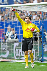 11.09.2010, Imtech Arena, Hamburg, GER, 1.FBL, Hamburger SV vs 1.FC Nuernberg, im Bild Einzelaktion Torhueter Raphael Schaefer (Schäfer Nuernberg #01)  EXPA Pictures © 2010, PhotoCredit: EXPA/ nph/  Witke+++++ ATTENTION - OUT OF GER +++++