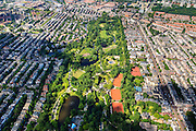 Nederland, Provincie, Amsterdam, 14-06-2012; Amsterdam Oud-Zuid en Oud-West, Vondelpark met tennisbanen Kattenlaan, Overtoom (re)..The Vondelpark (park) in the southern residential district of Amsterdam.  Tennis lawns..luchtfoto (toeslag), aerial photo (additional fee required).foto/photo Siebe Swart